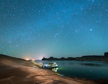 lake-powell-houseboating-scenic-starry-night.jpg